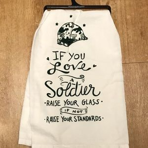 If YouLove Soldier Towel